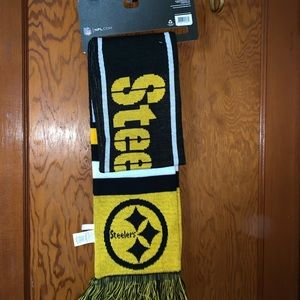 Steelers scarf, brand new with tags